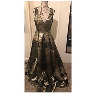 NWT-bebe formal maxi gown